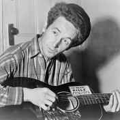 646px-Woody_Guthrie